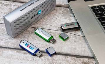 http://static.custom-flash-drives.com.au/images/products/Classic/Classic2.jpg