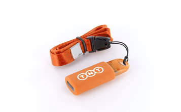 http://static.flash-drives.com/images/products/Kinetic/KN_01.jpg