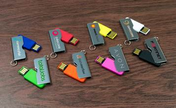 http://static.custom-flash-drives.com.au/images/products/Rotator/Rotator1.jpg